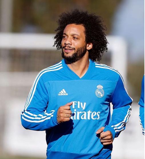 Самые известные футболисты в мире на фото в Инстаграм