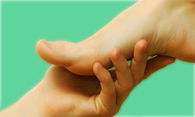 Главное – это вовремя распознать грибок ногтя, заняться его лечением
