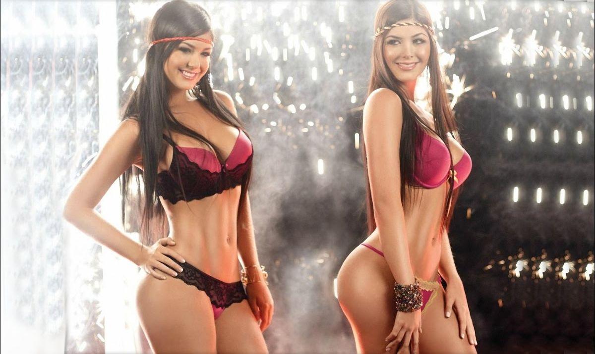сексуальные девушки близняшки на фото