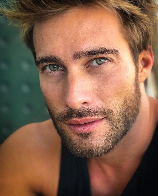 неважно, картинки красивых мужчин мира мятными